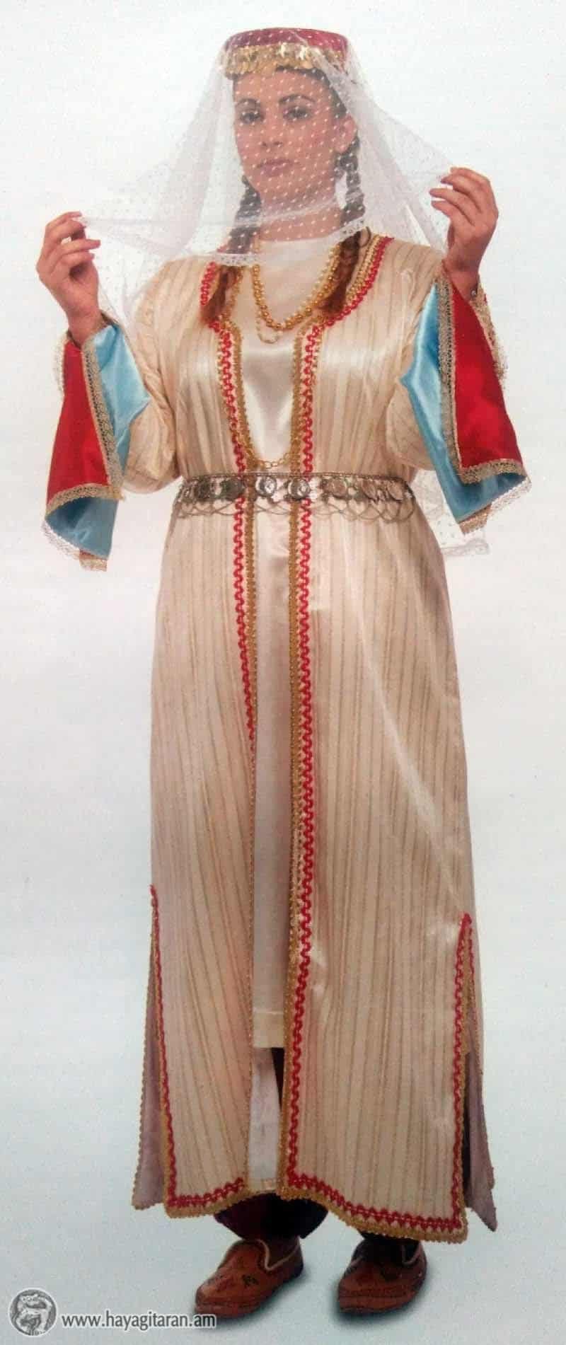 ԿԱՐԻՆԻ ՀԱՐՍԱՆԵԿԱՆ ՏԱՐԱԶ YOUNG WOMEN'S WEDDING DRESS, GARIN / TARAZ / KARIN