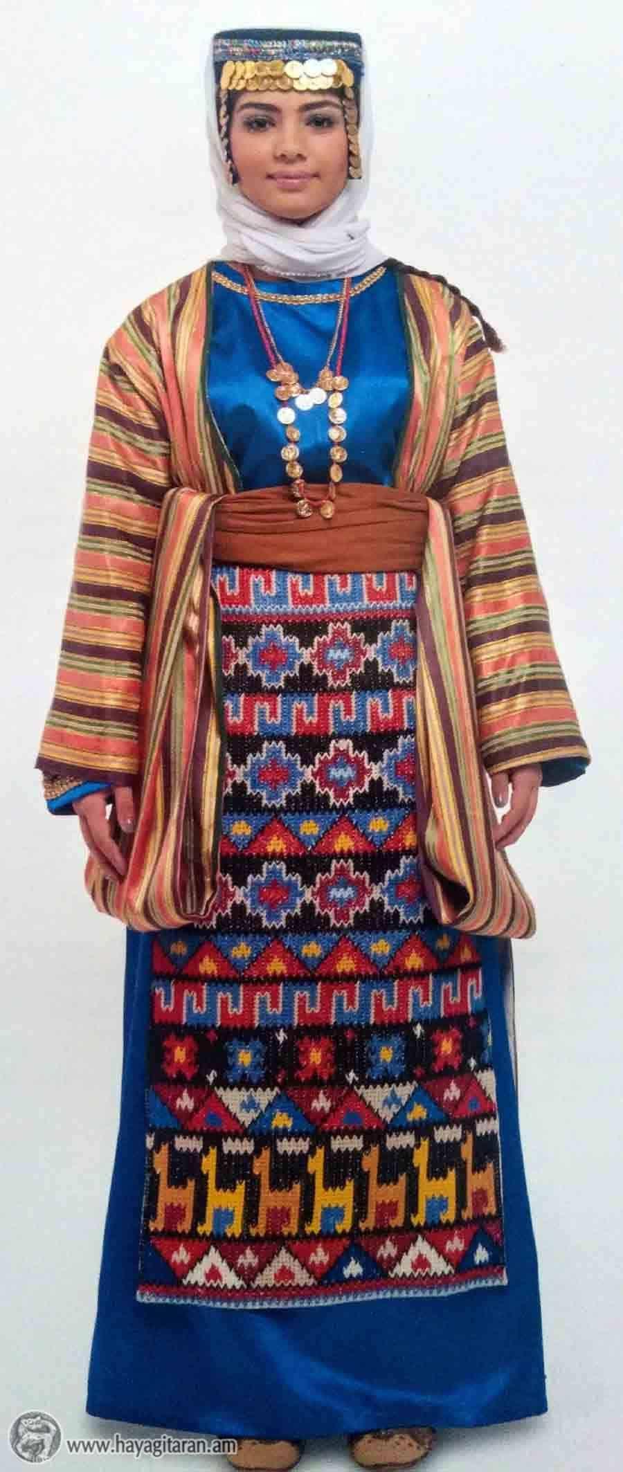 ՎԱՍՊՈՒՐԱԿԱՆԻ ԿԱՆԱՑԻ ՏԱՐԱԶ WOMEN'S DRESS, VASBURAGAN / TARAZ