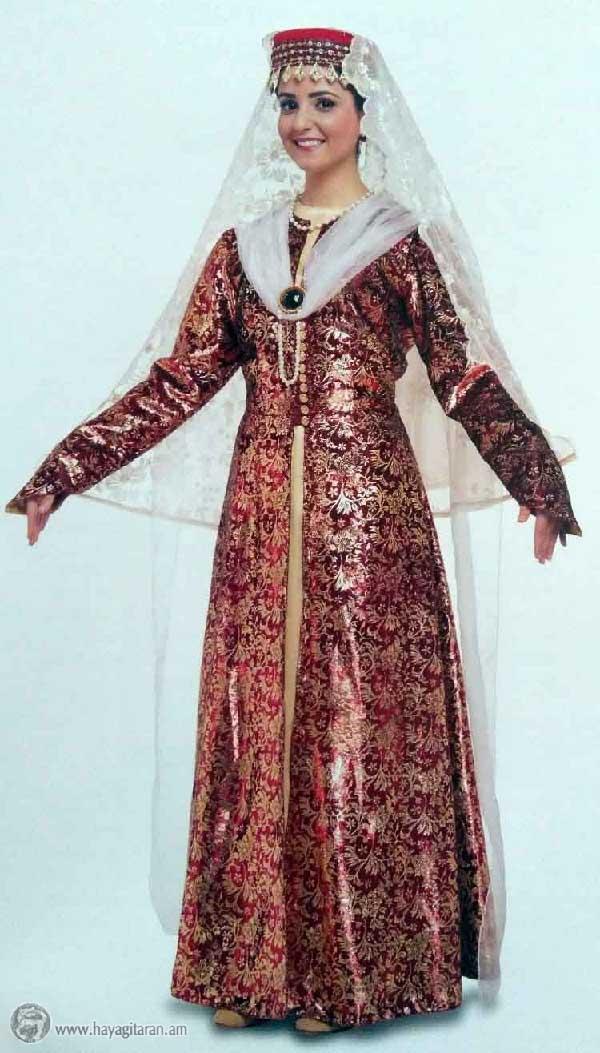ՆՈՐ ՋՈԻՂԱՅԻ ԿԱՆԱՑԻ ՏԱՐԱԶ WOMEN'S DRESS, NOR JUGHA